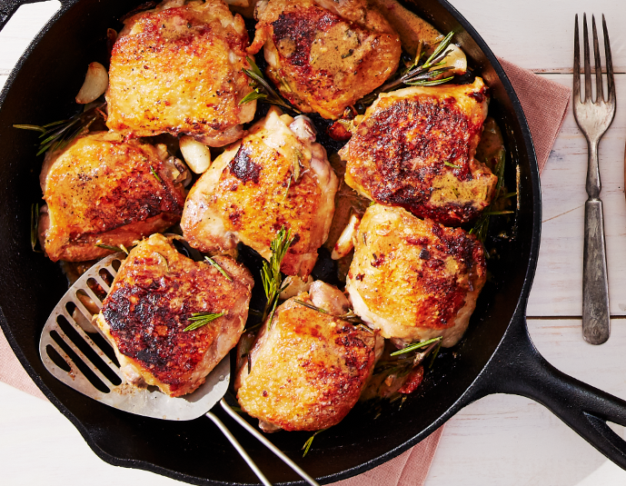 Easy Crispy Chicken Thighs With Garlic and Rosemary